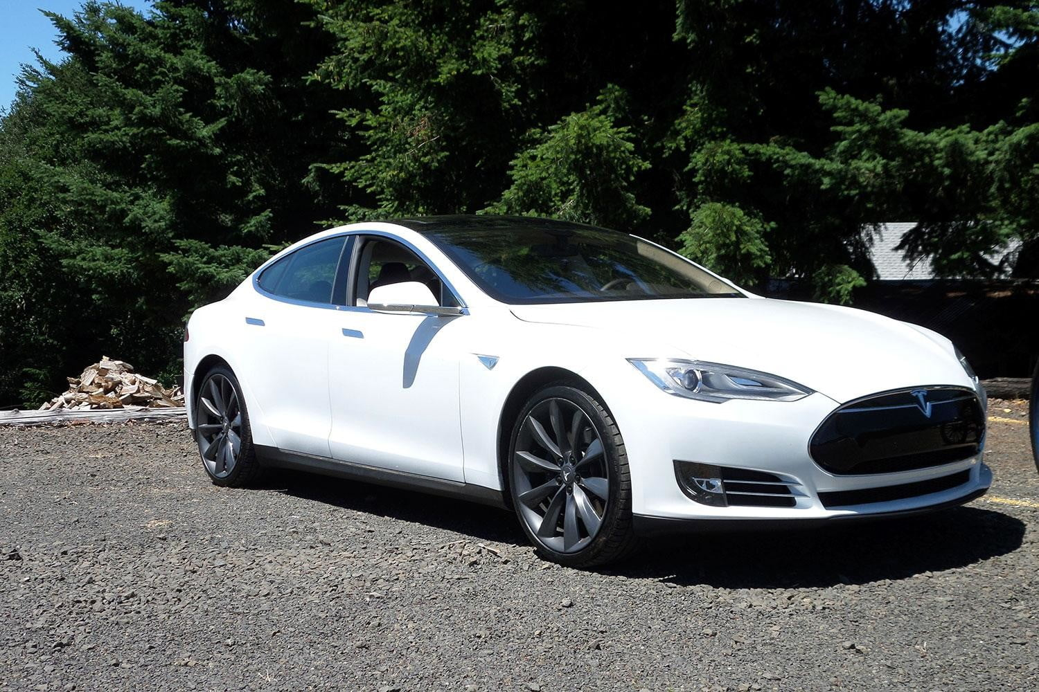 Tesla S front right