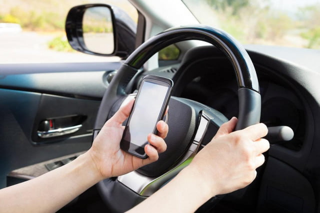 teen drivers higher crash rate news texting driving