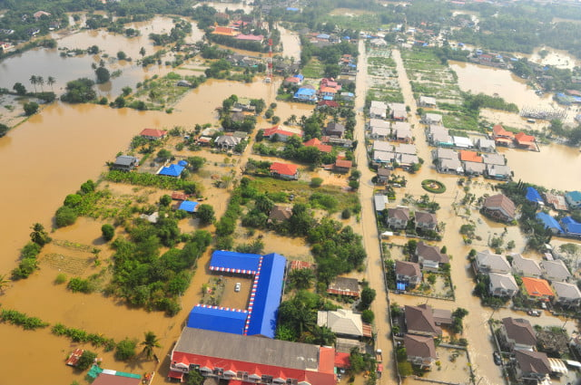 magnetic levitating houses thailand floods