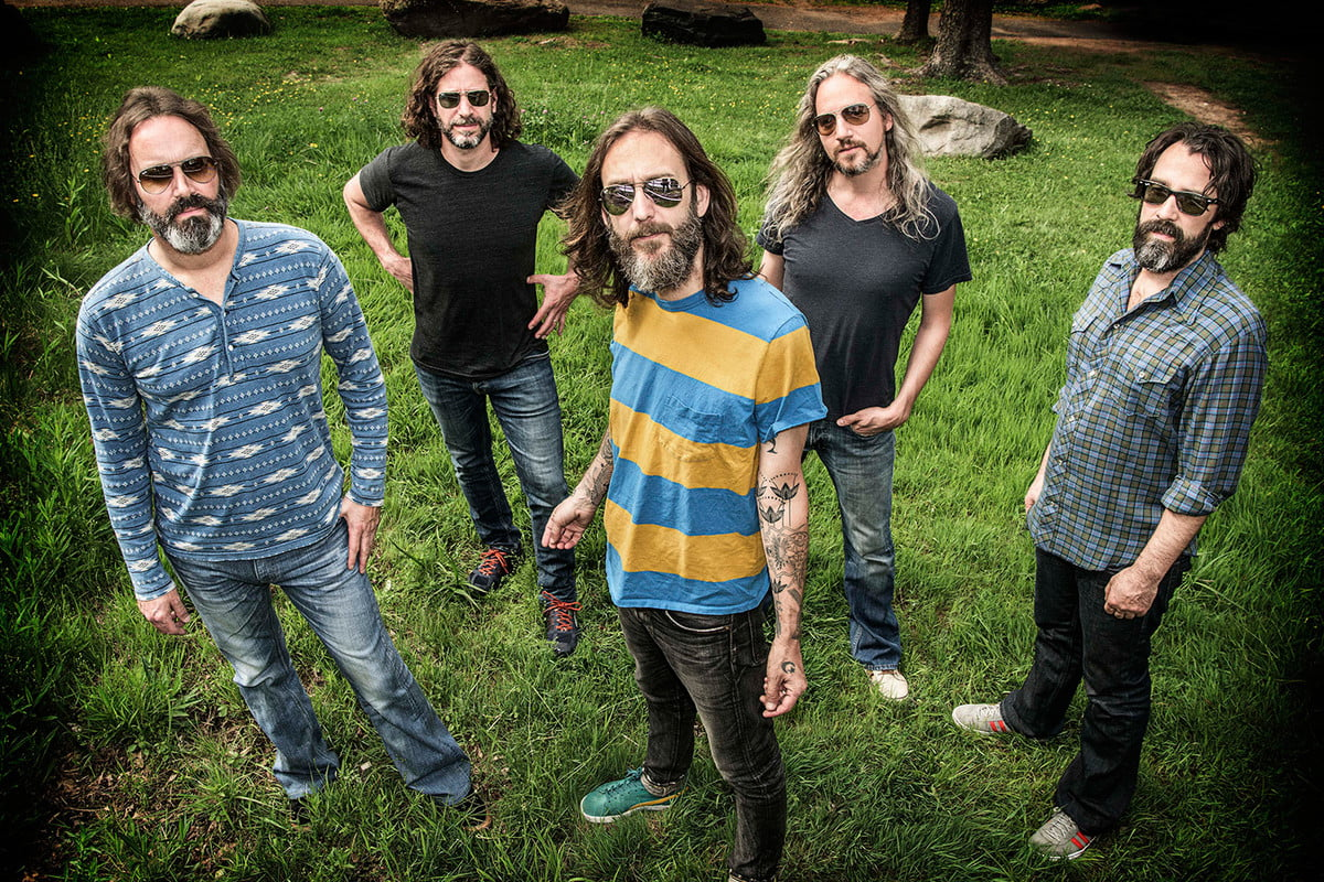 interview chris robinson of black crowes on spotify vinyl the audiophile