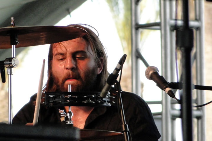 interview band of skulls russell marsden on by default shredding in churches the audiophile
