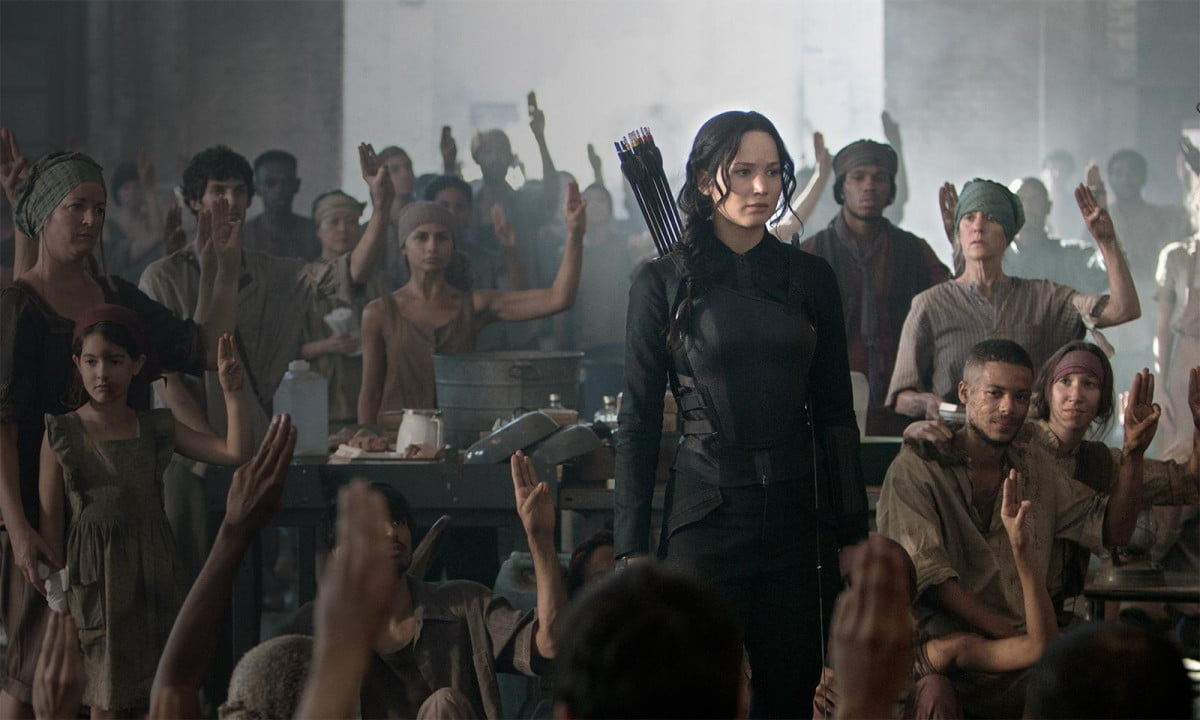 jennifer lawrence gears new trailer hunger games mockingjay part  the