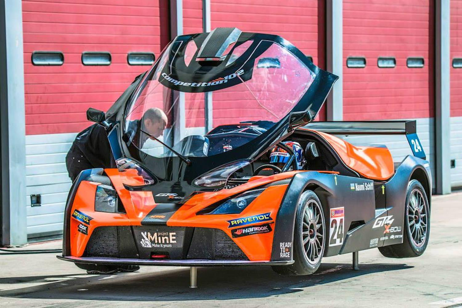 2015 ktm x bow gt4 pictures digital trends. Black Bedroom Furniture Sets. Home Design Ideas