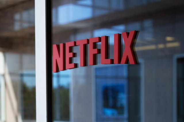 netflix middle east theaters should stop boycotting