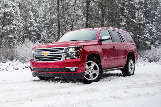 2015-chevrolet-tahoe-front-angle-snow-2-1500x1000