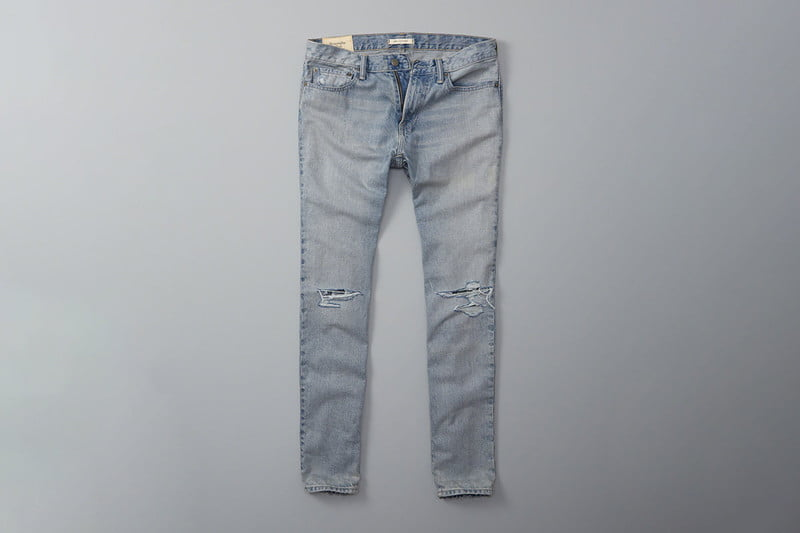 abercrombiefitchskinny_jeans_destroyed_light_wash