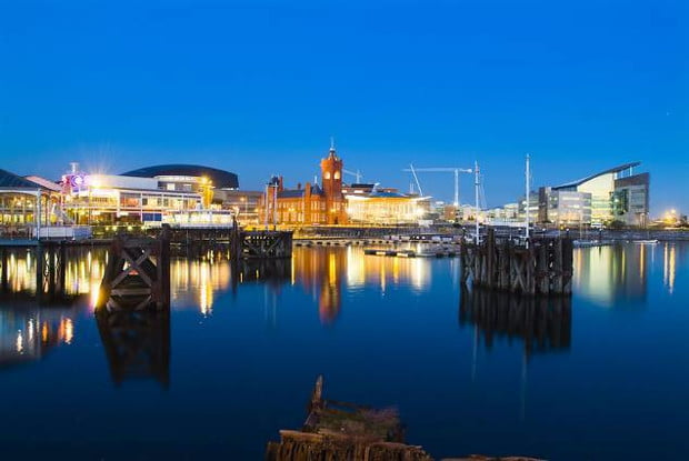 Cardiff bay at night, july 4th