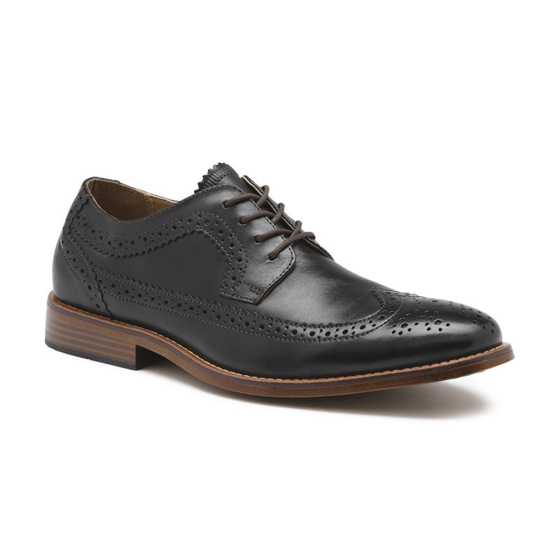 clinton wingtip oxford shoe