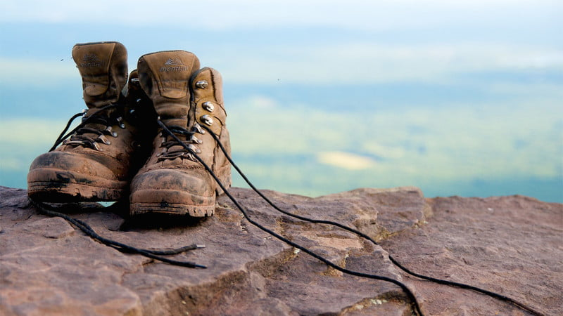 how clean hiking boots dry hike
