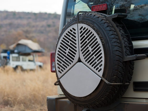 front-runner-spare-tire-mount-braai-bbq-grate-VACC023-3
