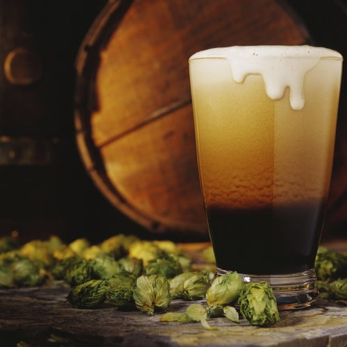 glass-of-stout-beer-and-hops-credit-istockphoto-92025136-630x630