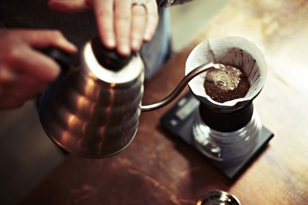 Harion-Pour-Over-with-Drip-