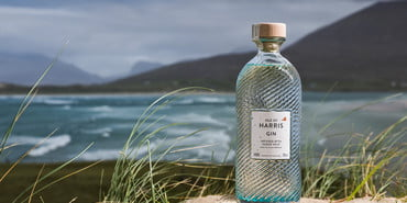 Isle-of-Harris-Gin-Bottle