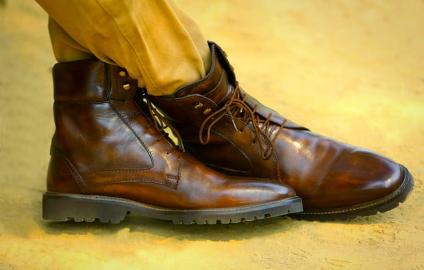 calf leather boots with lamb wool