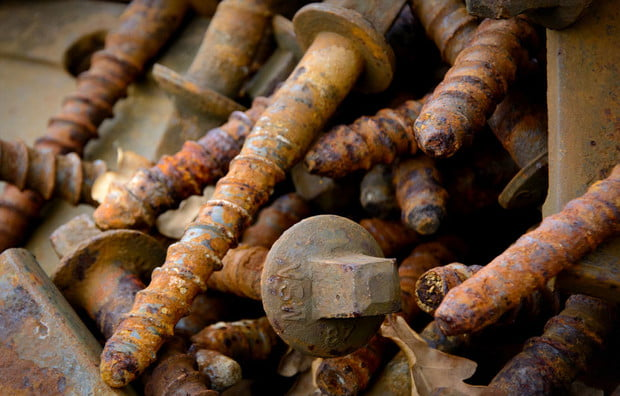 rusty bolts, how to remove rust stains