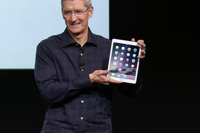 apple ipad connected classroom success tim cook air