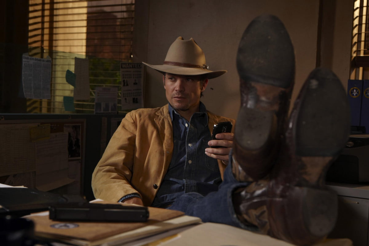 oliver stones edward snowden movie adds justified star timothy olyphant