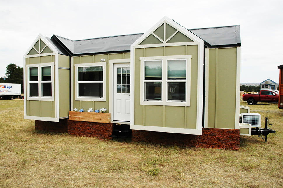 tiny home on wheels expands at push of a button idahomes house rv