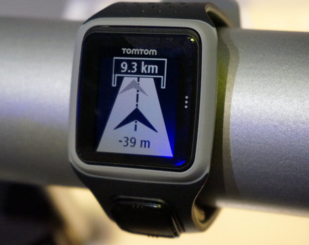TomTom watch close