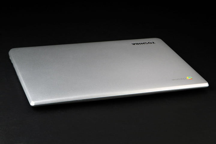 toshiba chromebook  review front top angle