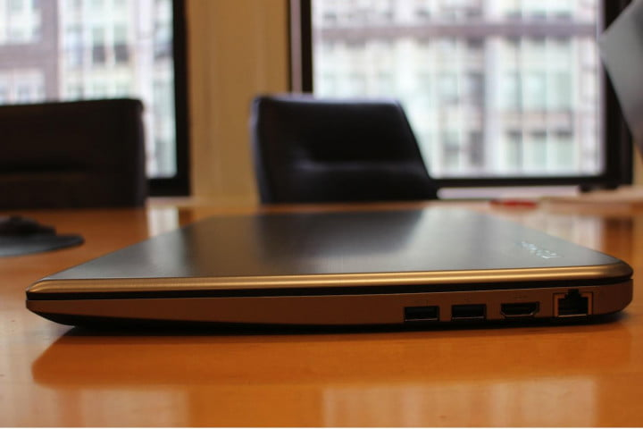 toshiba satellite e  t review right table