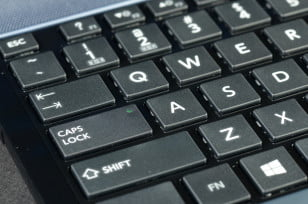 Toshiba Satellite S955 review keyboard