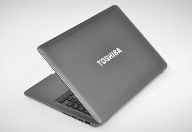 Toshiba Satellite U840 Review lid angle laptop