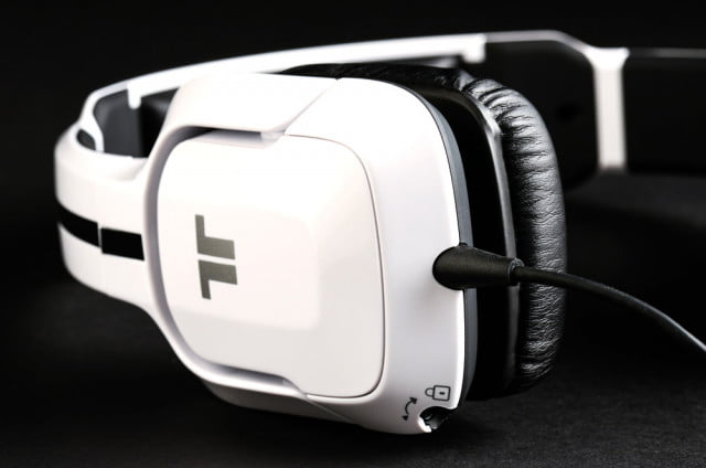 tritton kunai enclosure logo jack lock