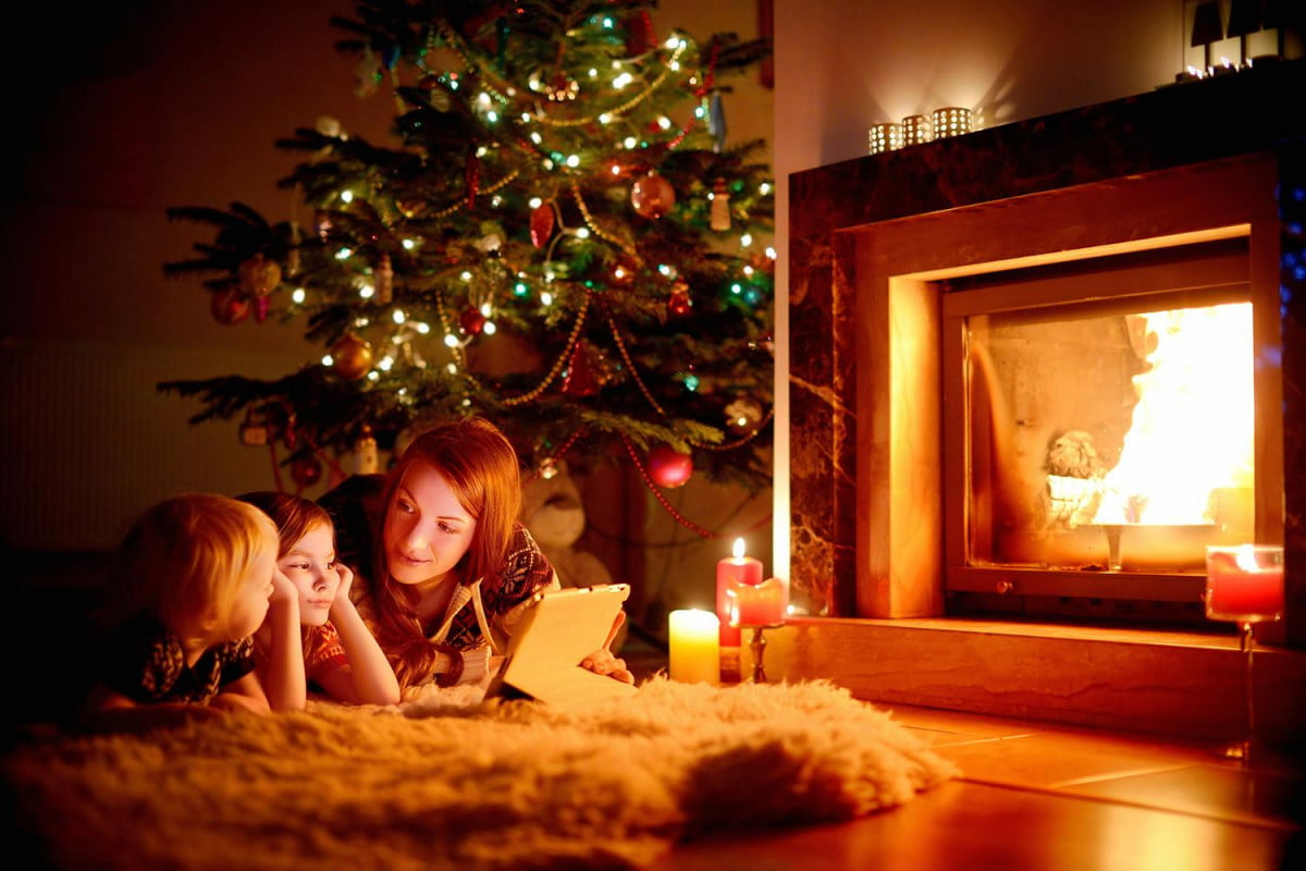ways your computer can save christmas turn pc into the life of party