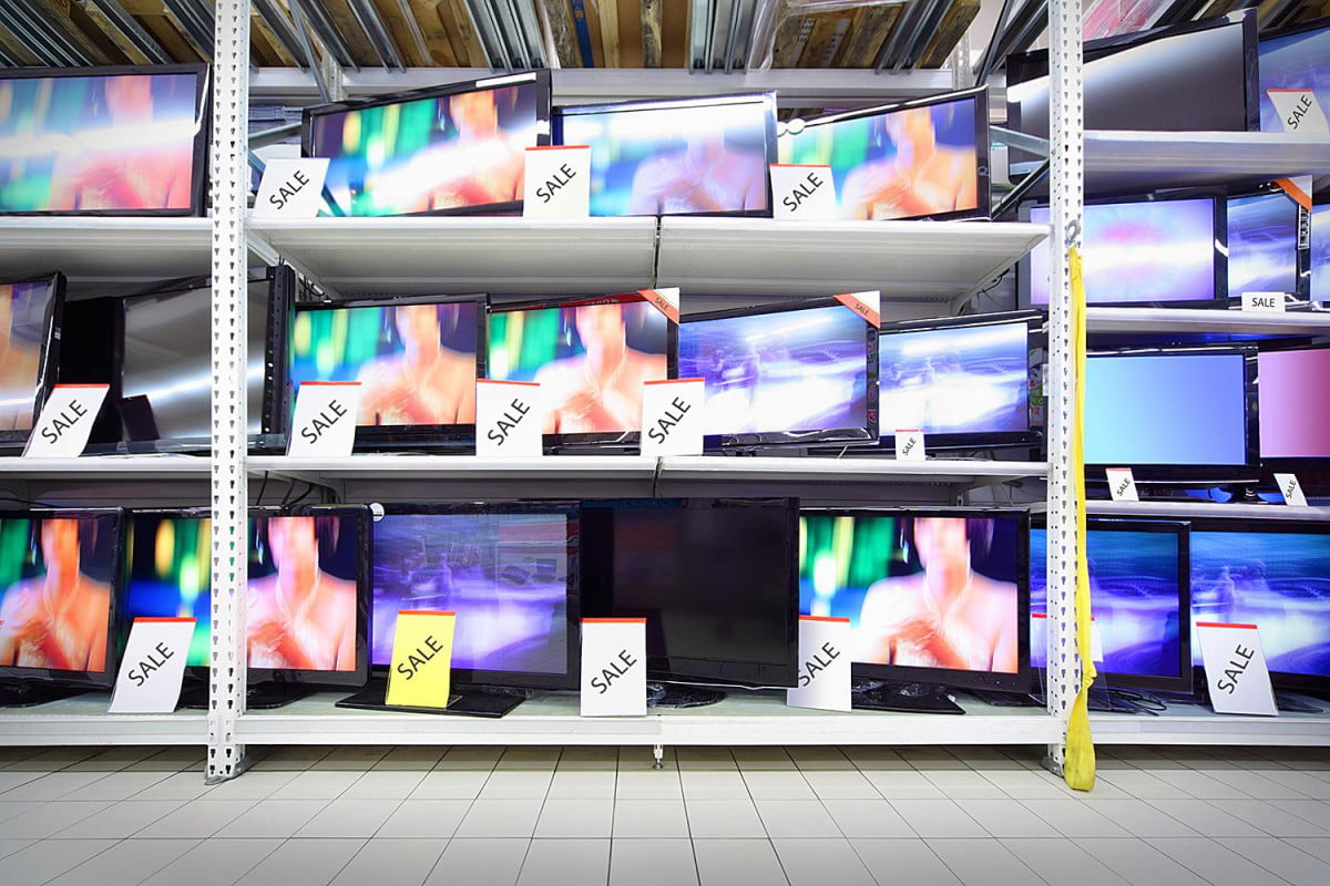 the sale is dead this why tvs cost same at every retailer now tv sales are