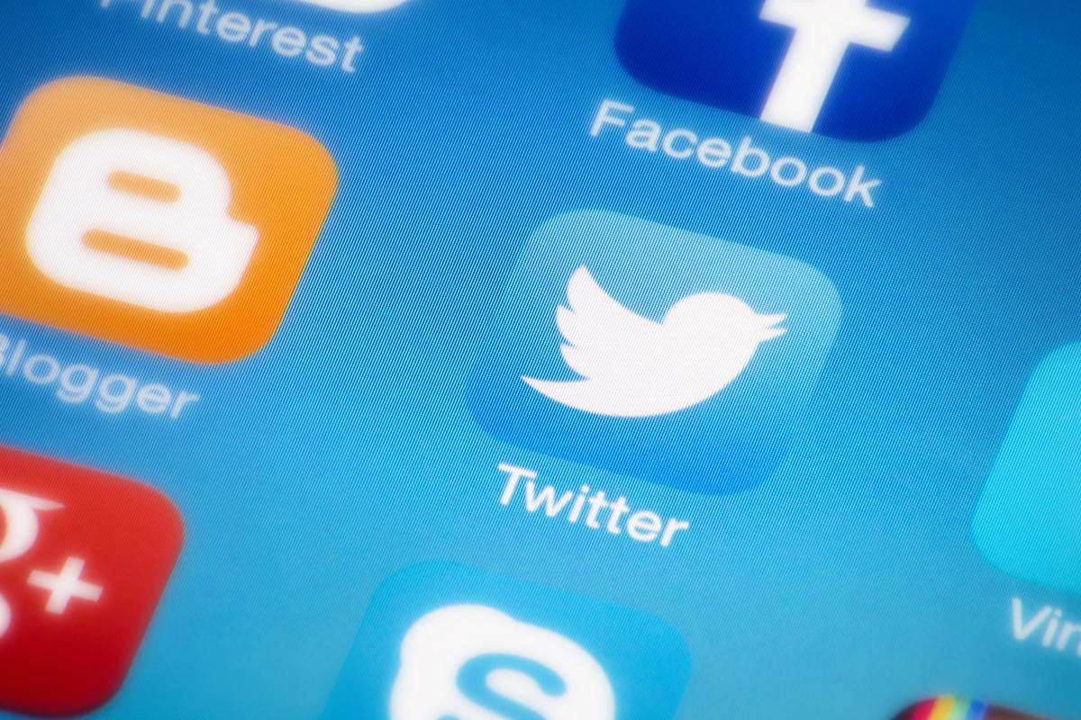 twitter users can soon post  second videos send group messages icon