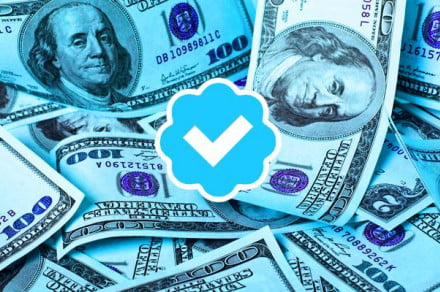 With a new payment service, accounts will lose their Verified status if they stop advertising on Twitter.