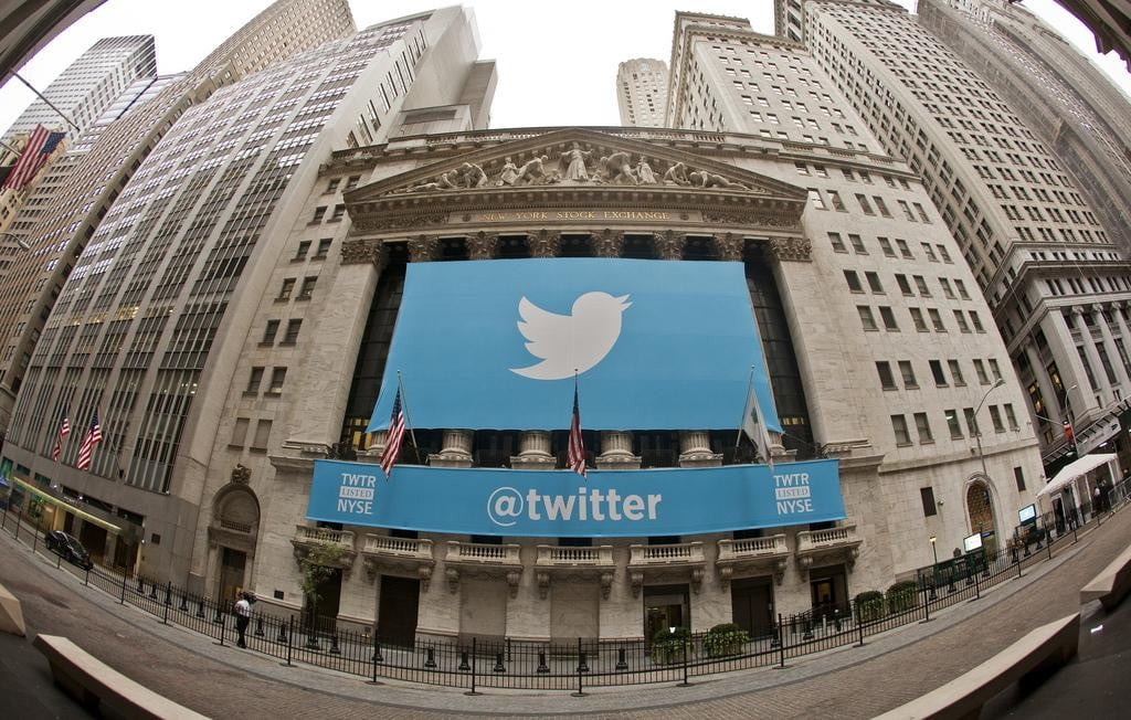 twitter results disappoint again shares fall pew news source