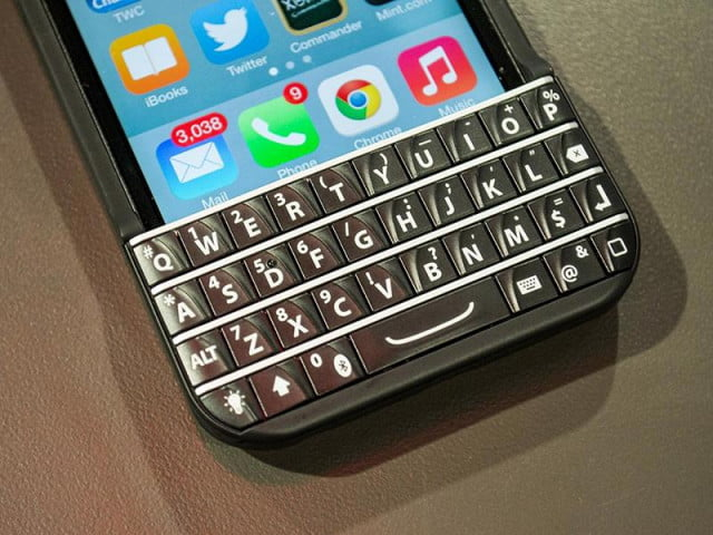 keyboard maker typo ordered pay blackberry nearly  m