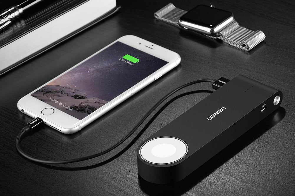 Ugreen Wireless Magnetic Power Bank Charger for Apple Watch and iPhone