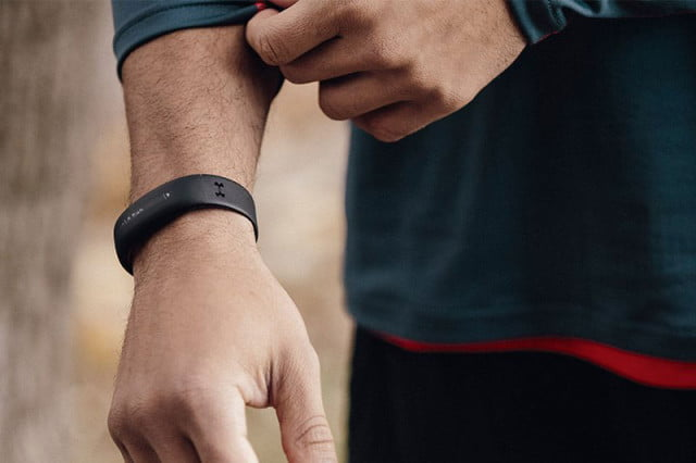 Under-Armour-HealthBox-fitness-tracking-system_