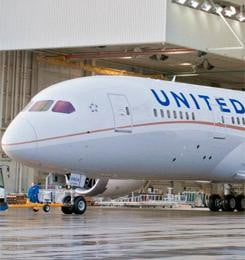 United Airlines Dreamliner