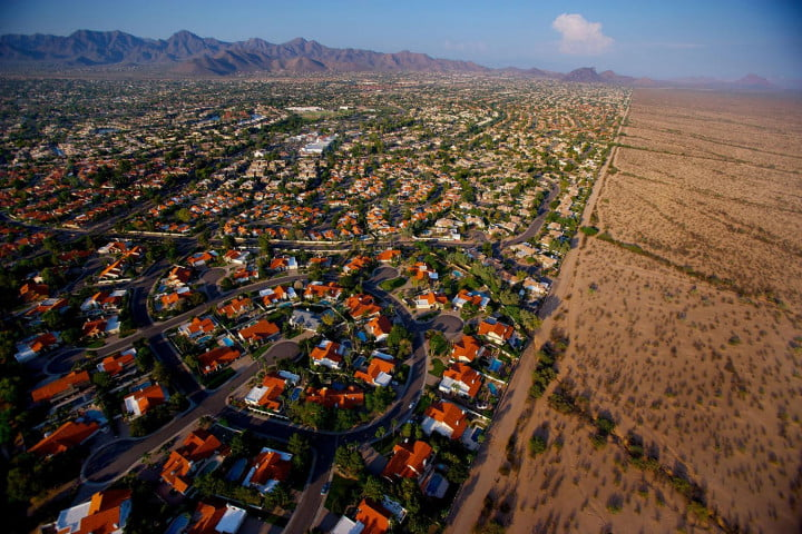 how one dslr pioneer shoots for the big screen with a little cam urban sprawl  phoenix az (vincent laforet aerial )