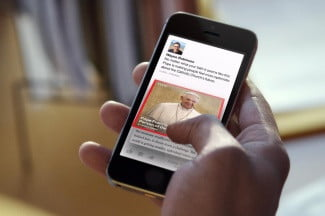 Facebook Paper hands on articles