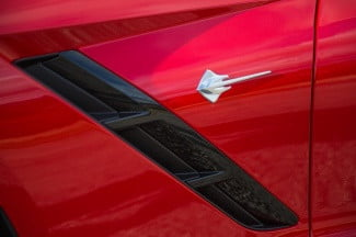 2014 Corvette Stingray Convertible red detail