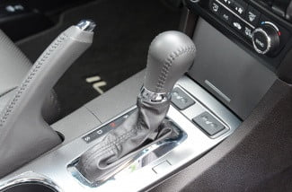 2013 acura ilx hybrid interior shift