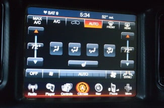 2013 Dodge Charger AWD Uconnect media center touchscreen climate control