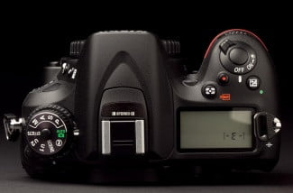 Nikon-7100-review-top
