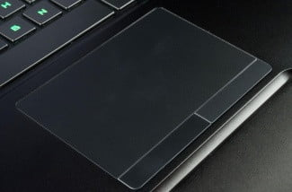 Blade-laptop-review-trackpad