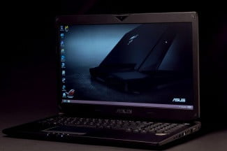 Asus G750JX review front angle