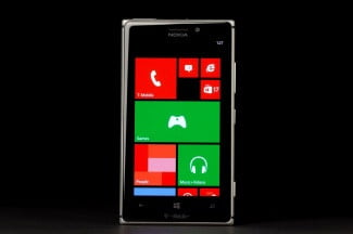 Nokia Lumia 925 front home