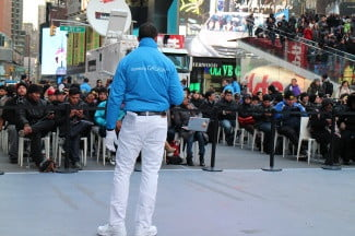 samsung-galaxy-s4-launch-outside