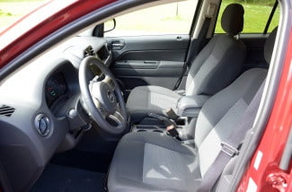 2013 jeep compass interior front 2