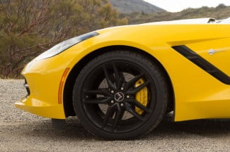 2014 Chevrolet Corvette Stingray convertible wheel macro