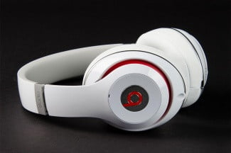 Beats by Dre Studio 2013 side angle